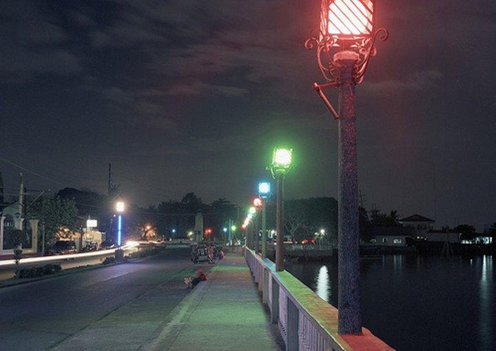 sea-wall-at-night-now