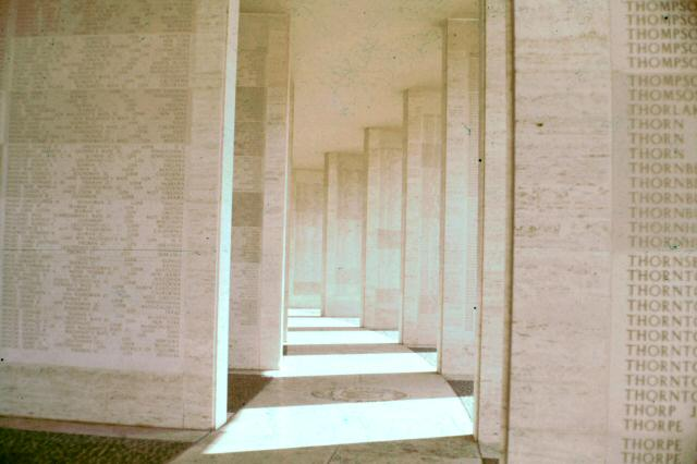 manila_american_cemetery_usmc_usn_r1_1